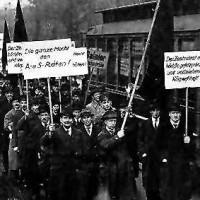 Demo. Gerhard Grönner